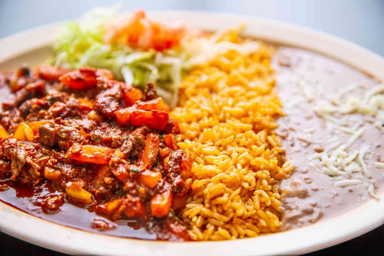 Bistec a la Mexicana con Huevos