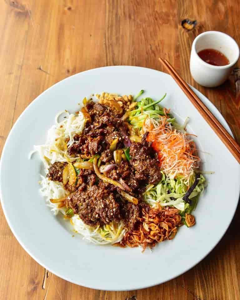 Vermicelli & Lemon Grass Beef – Bún Bò Xào Đặc Biệt