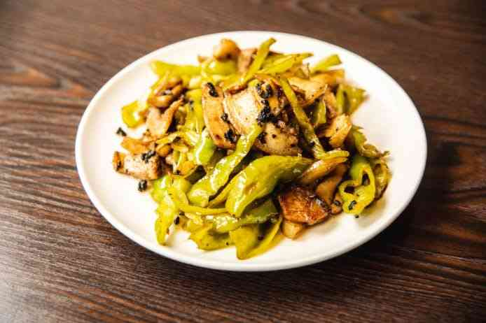 Double-Cooked Pork with Green Chilies 青椒回锅