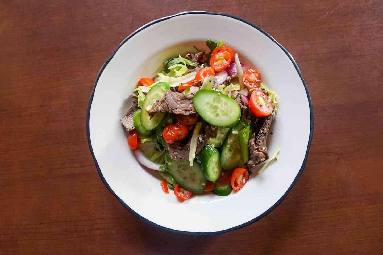 Yum Nuea / Spicy Steak Salad