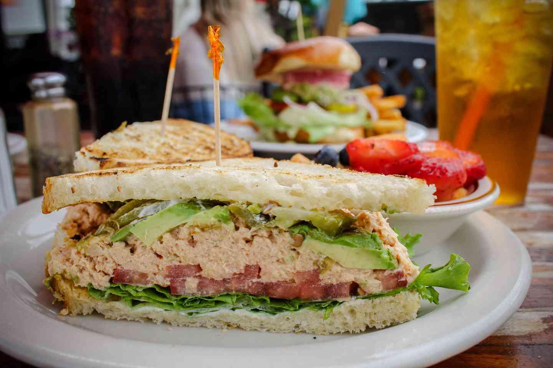 Tippy Style Tuna Sandwich