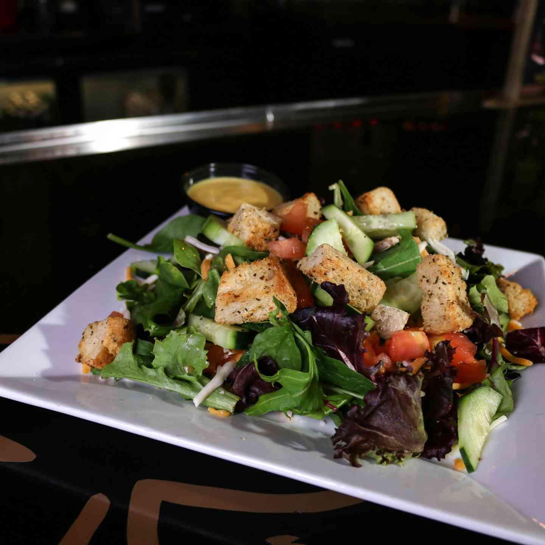 Pub Salad