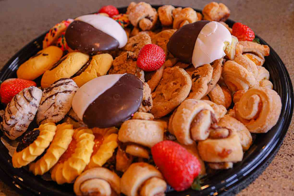 Assorted Cookie Tray
