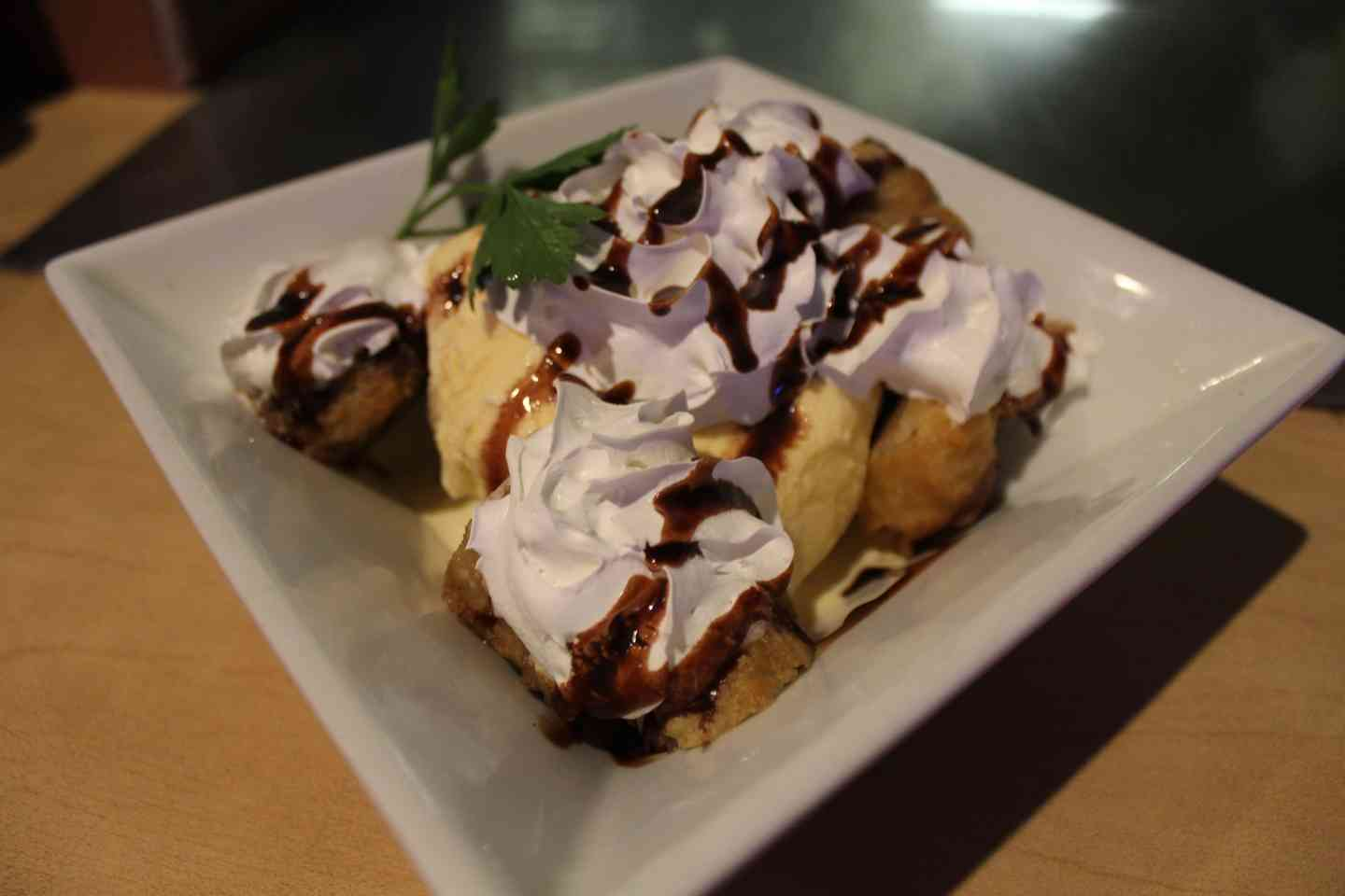 Vanilla Ice Cream w/Banana Tempura