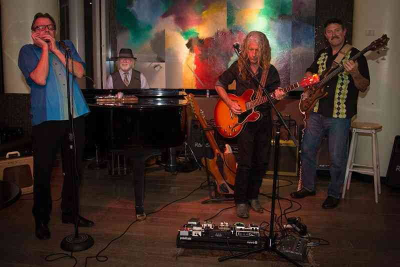 Tracy and the Blues Makers