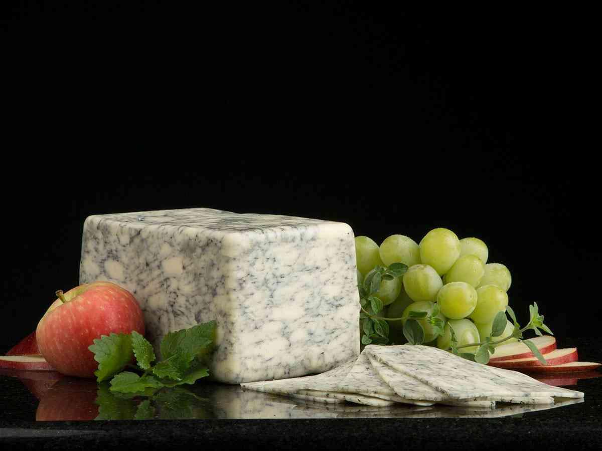 Bold MarBleu Marbled Blue Cheese