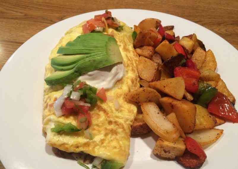 Spicy Bacon Omelette