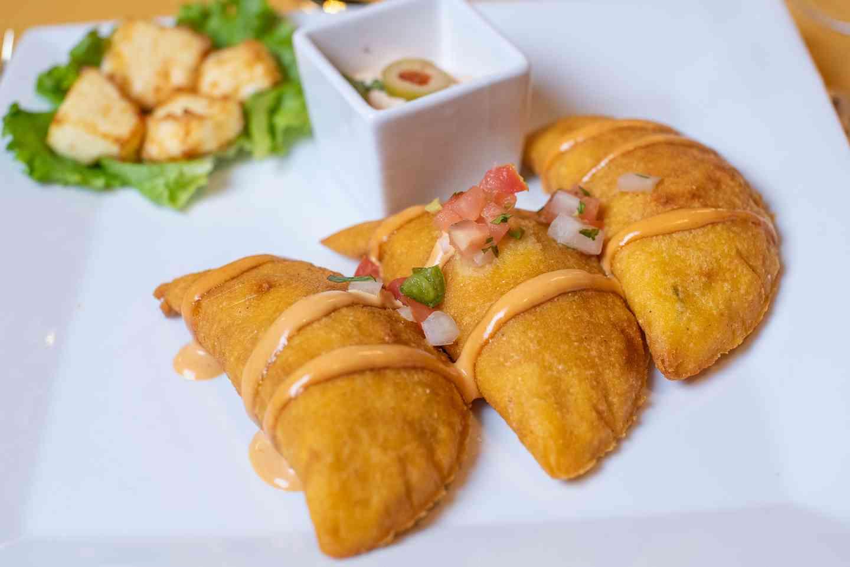 Empanadas (3pcs)