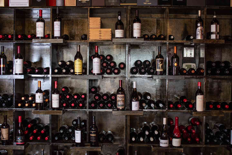 interior wine bar