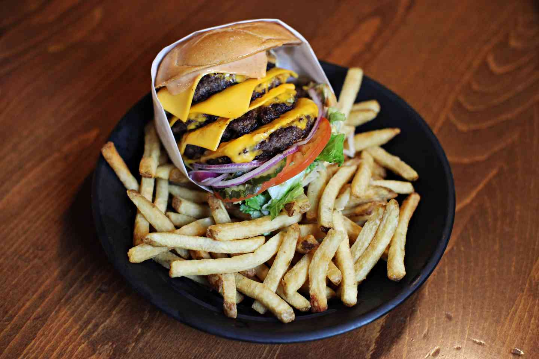 1lb shaft cheese burger