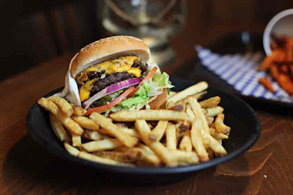 1/2 Lb Original Claim Cheese Burger