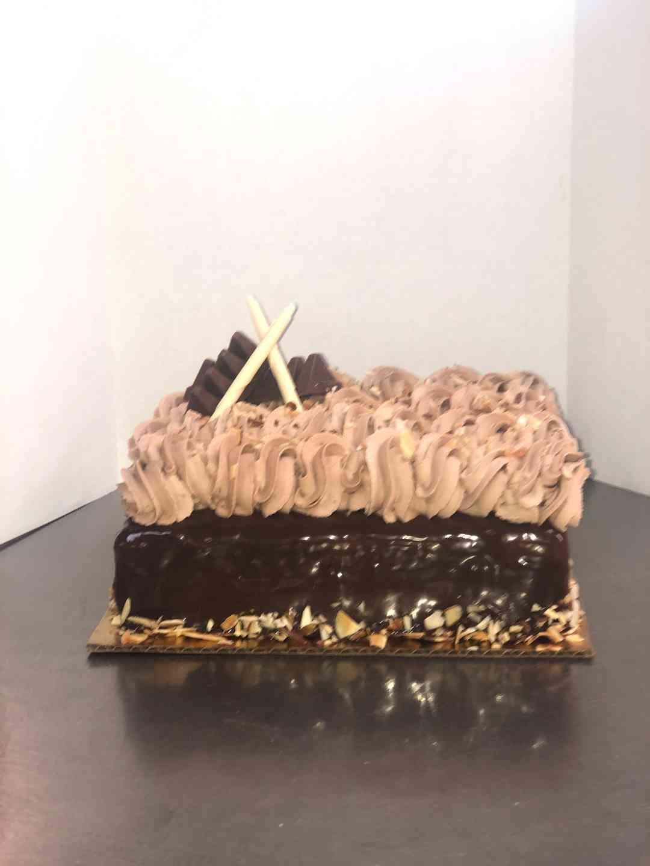 Tobli Mousse Cake