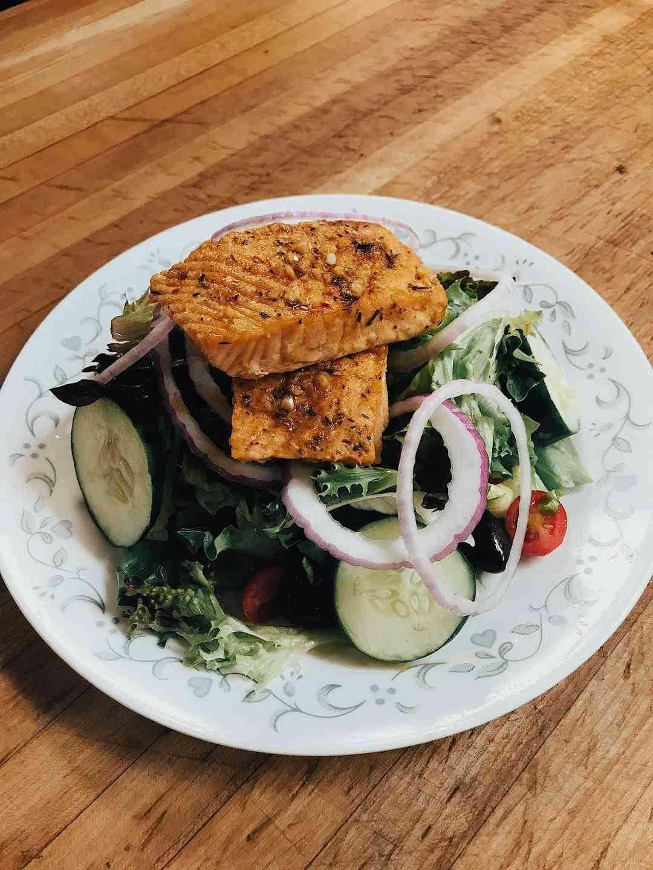 Jerk Salmon Salad Small