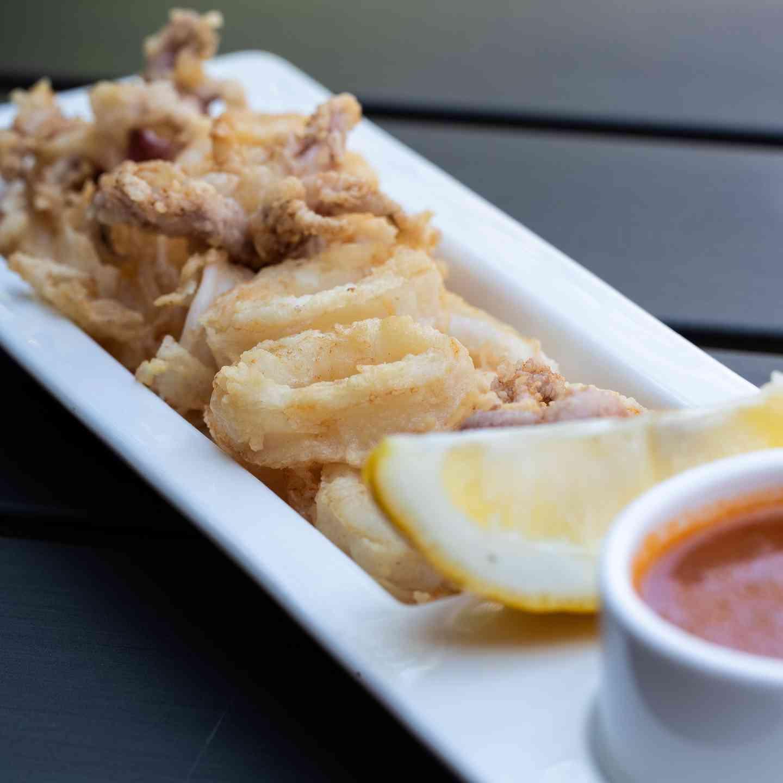 Calamari Fritti con Vegetali