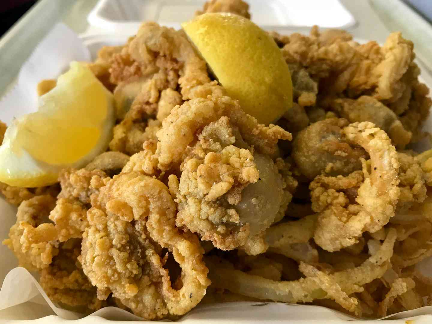 Golden Fried Whole Belly Clams