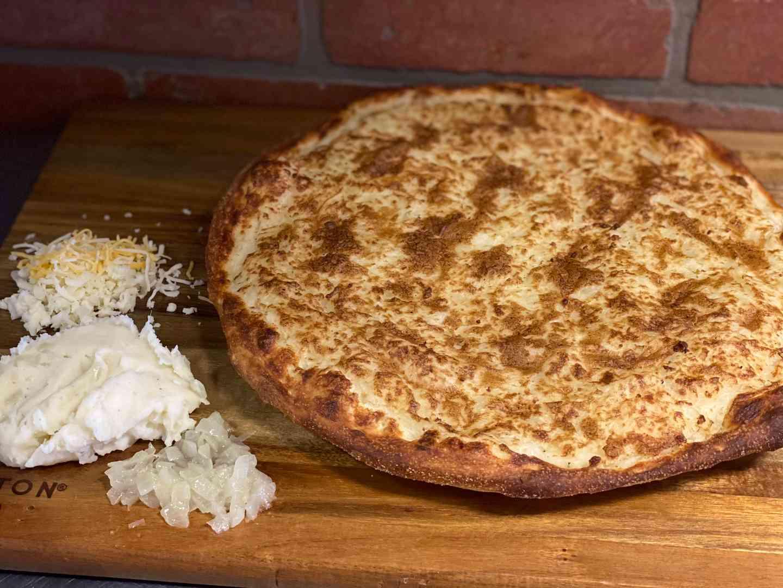 PAGACH (PIEROGI) PIZZA