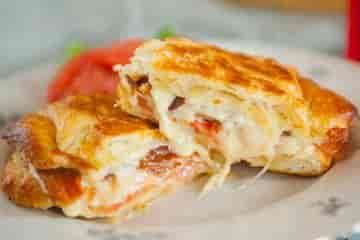Bacon, Tomato & Harvarti Sandwich