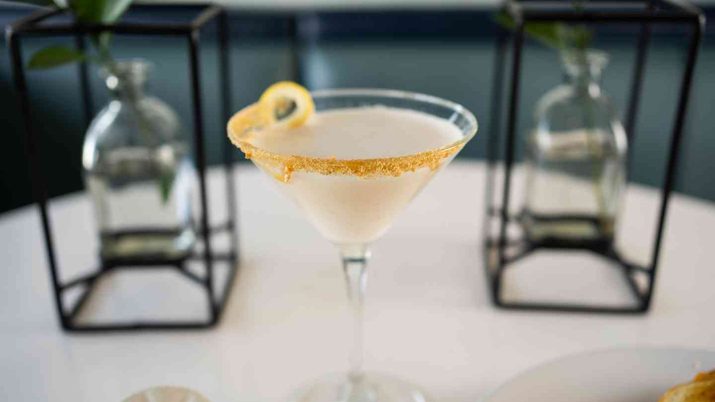Lemon Cheesecake Martini