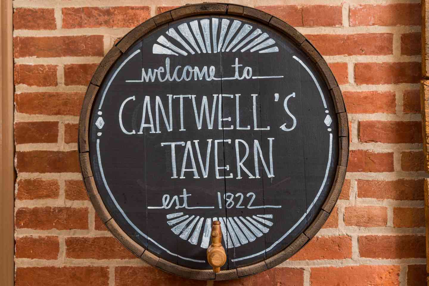 Cantwell's tavern sign