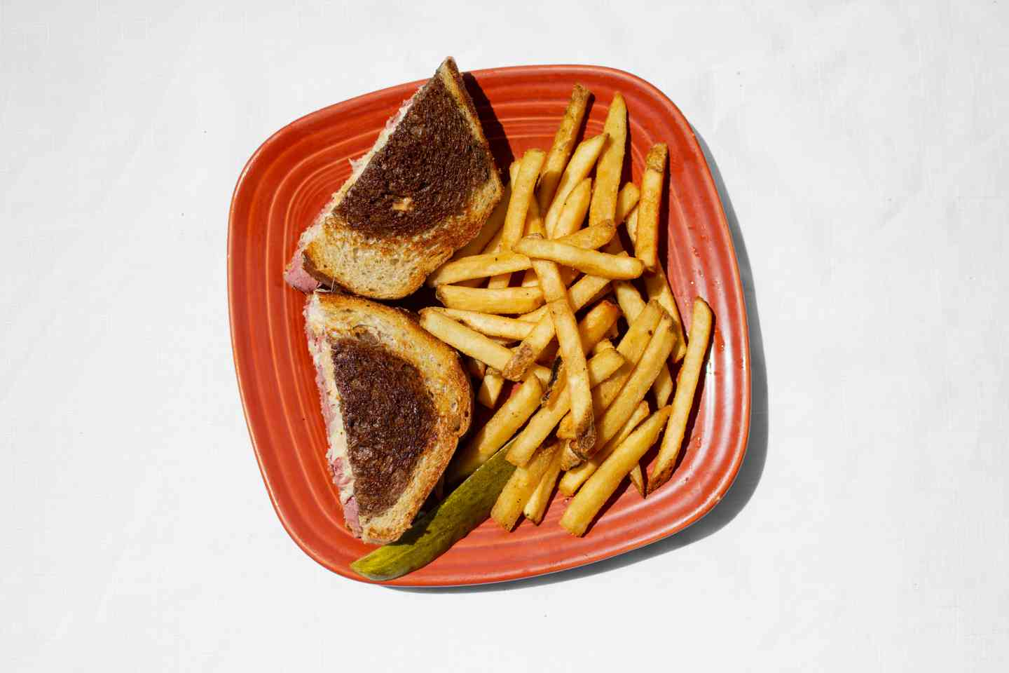sandwhich and fries