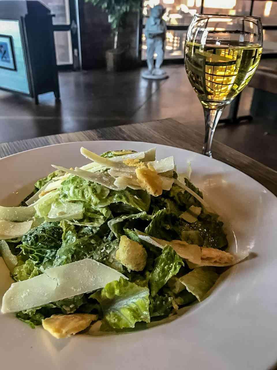 Caesar Salad (V)