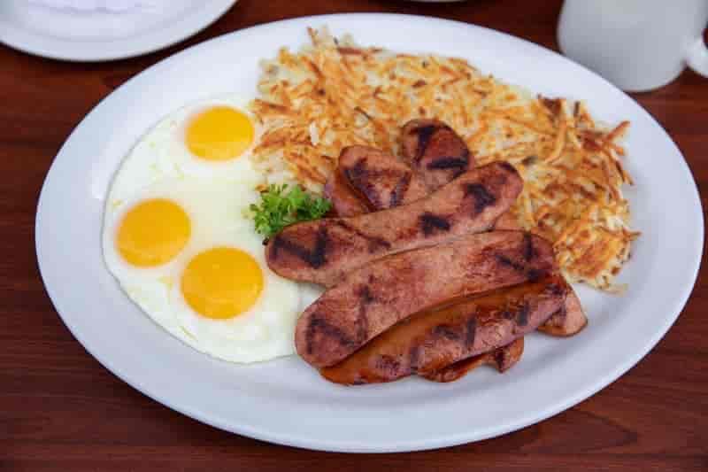Hot Links & Eggs