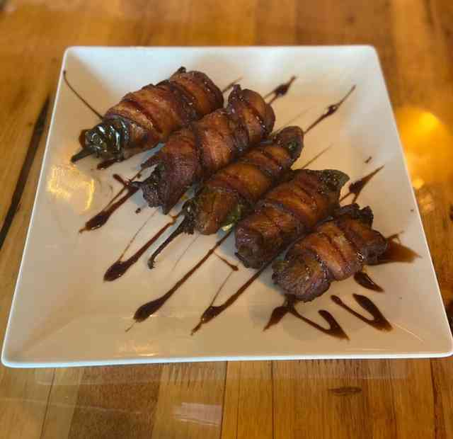 Bacon wrapped jalopeno poppers