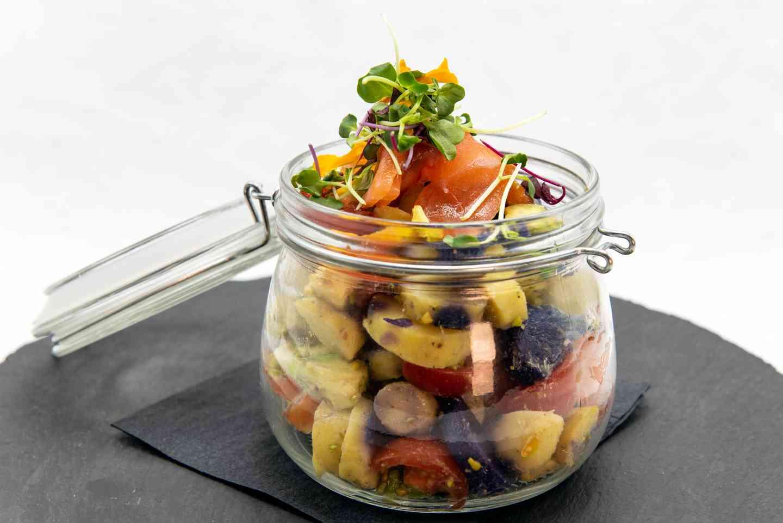 Avocado Lukewarm Salad in the Jar