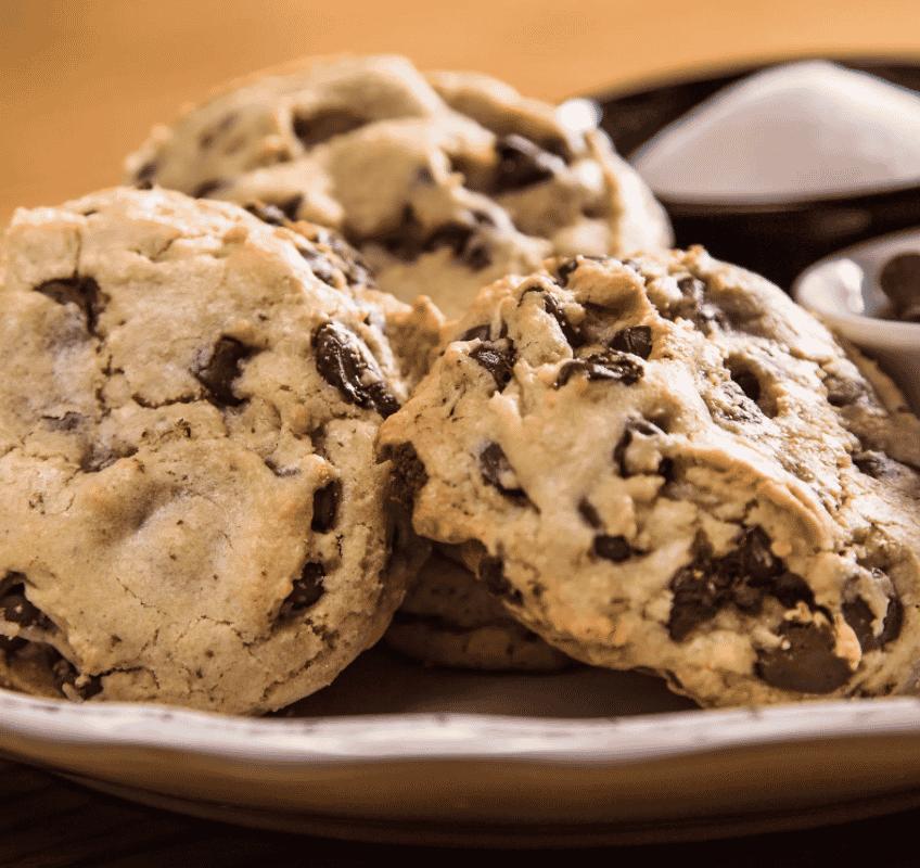 Jumbo Chocolate Chip Cookie