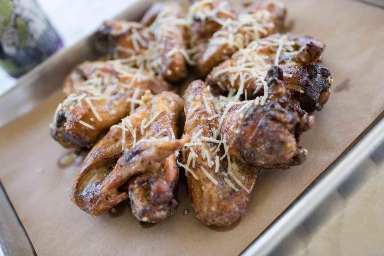 Jumbo Chicken Wings (6)