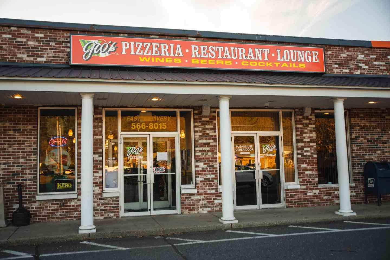 Contact Gio's Pizzaria