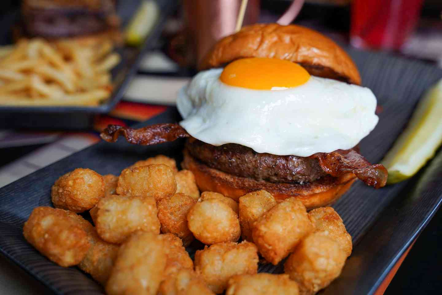 breakfast burger with tots