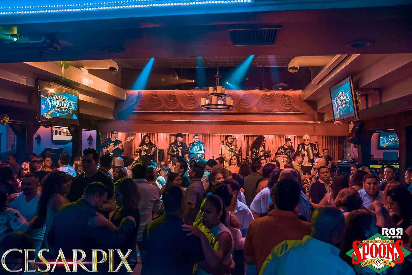 nightclub interior crowd photo