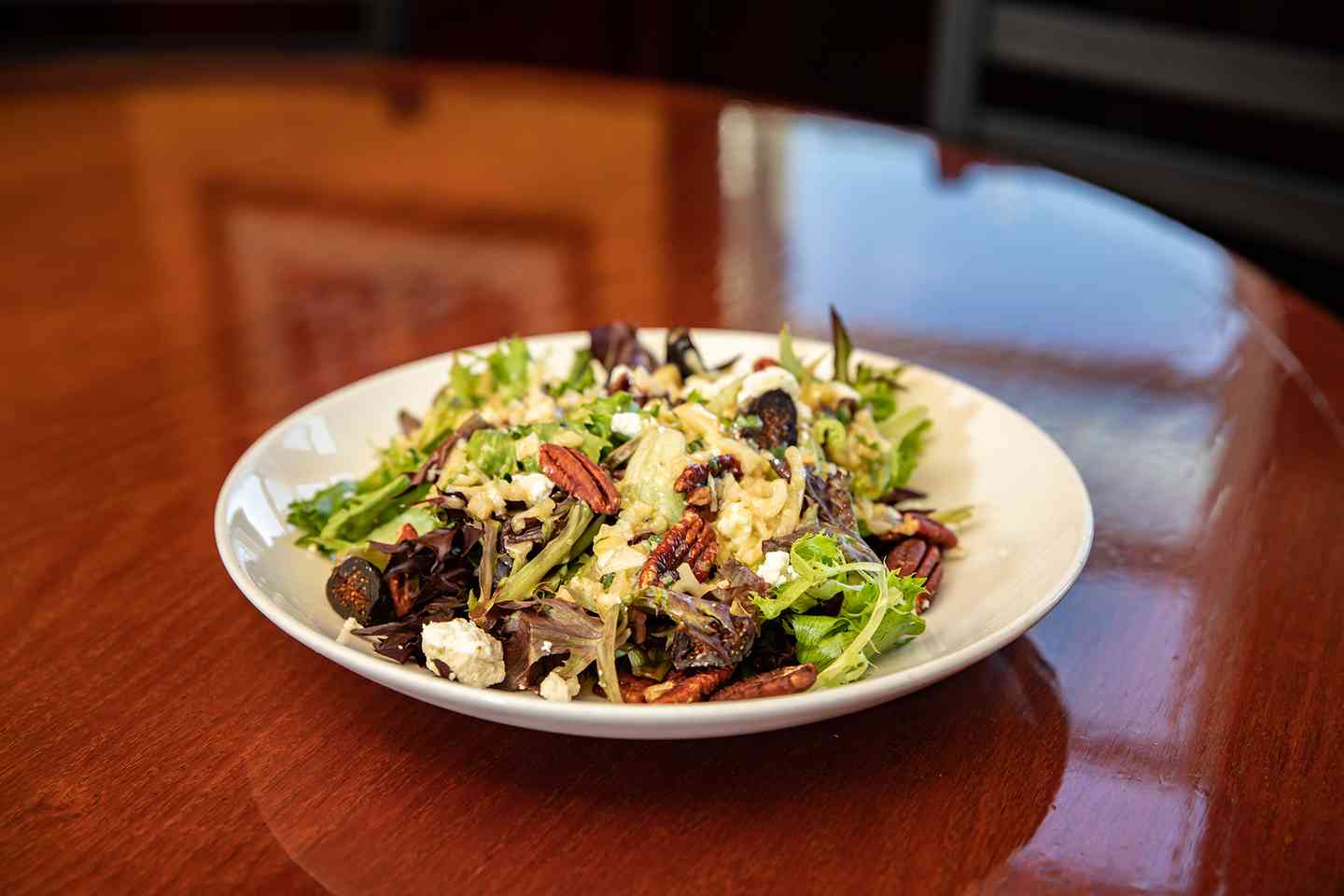 Roasted Pecan & Goat Cheese Salad