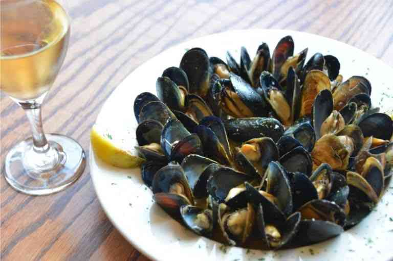 Sauteed Fresh Mussels