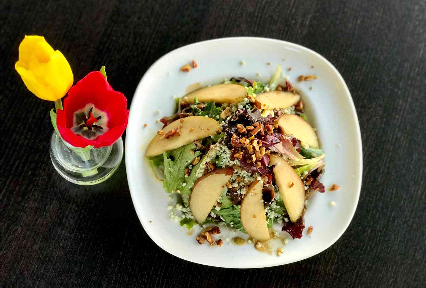 *Caramelized Red Pear, Candied Pecan& Goat Cheese Salad w/ Red Wine Vinaigrette