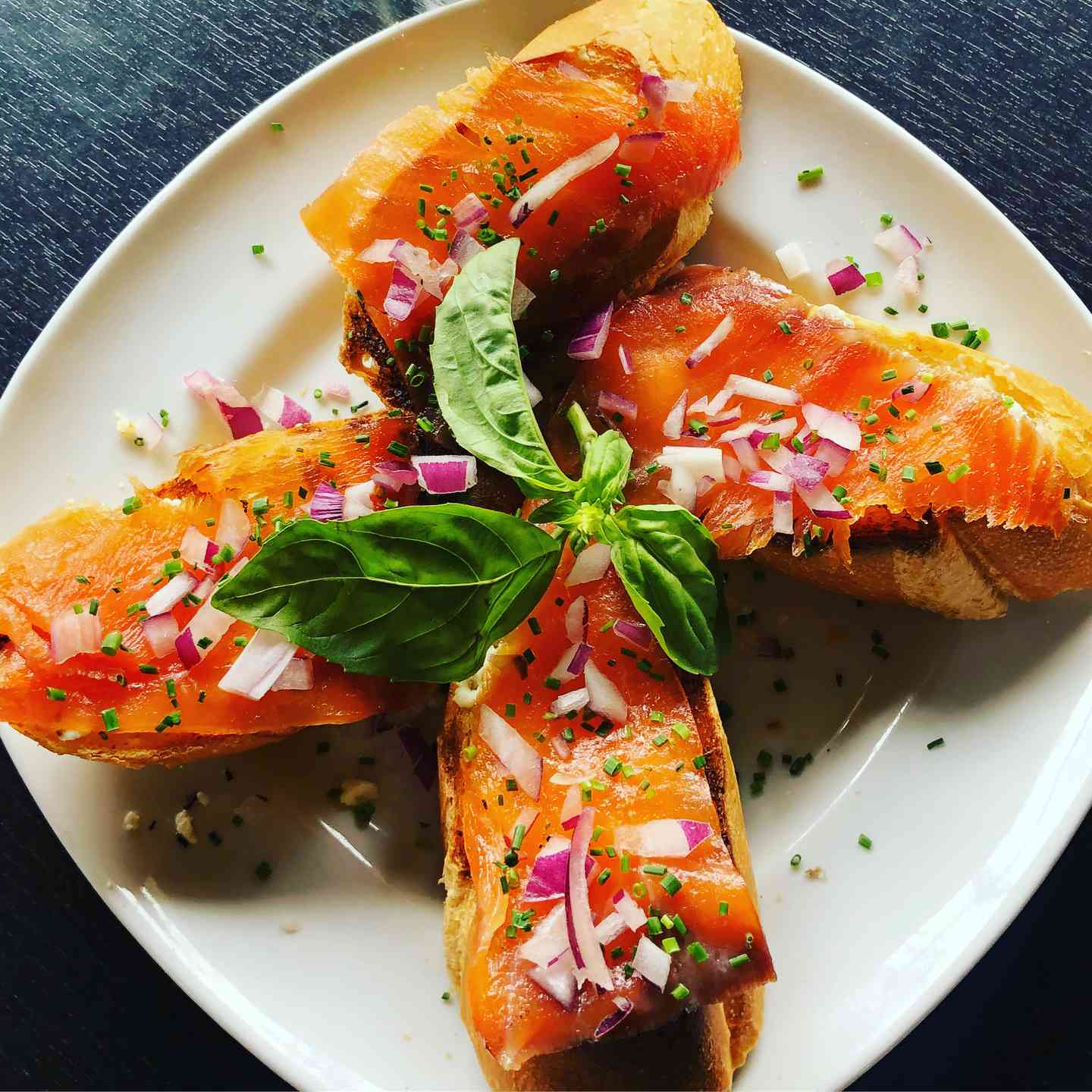Smoked Salmon Toast Points w/ Goat Cheese, Red Onions & Chives