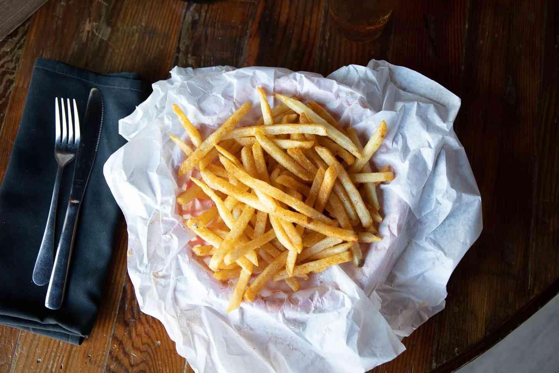 """Grande"" Basket of Fries or Tater Tots"
