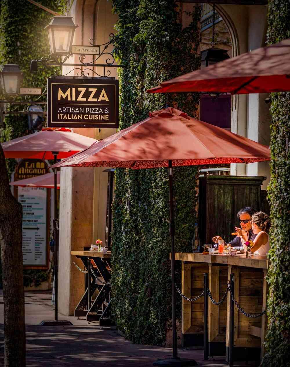 Storefront of Mizza