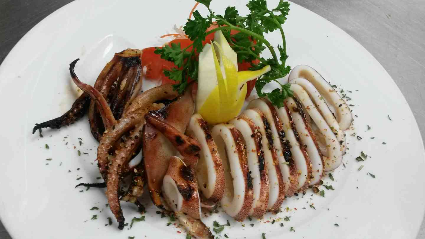 Grilled Squid with Ginger Sauce