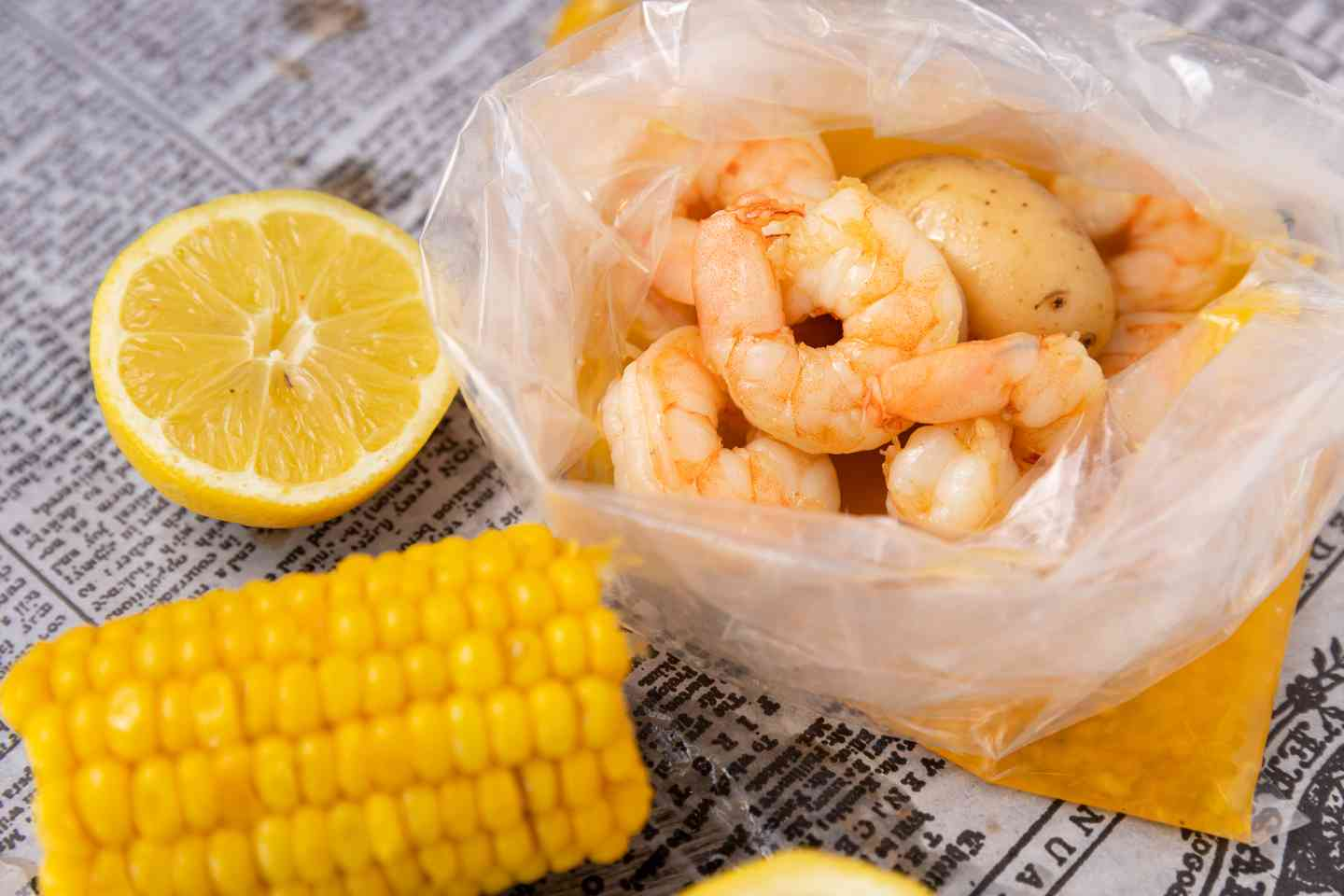 Kids Shrimp (8 Pcs of Naked + 1 Corn + 1 Potato)