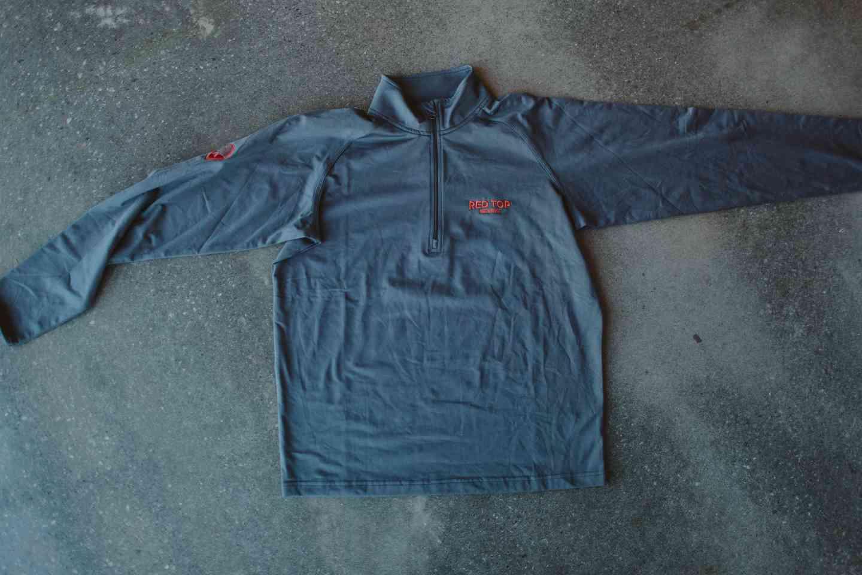 Quarter Zip Pullover Men's Small