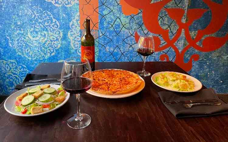 TUESDAY~CHEAP DATE NIGHT (Dine in only)