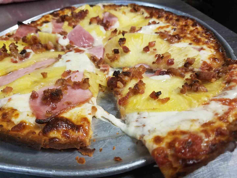 Gluten free Hawaiian pizza