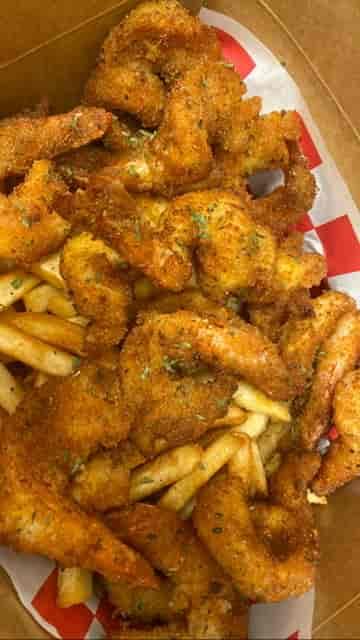 1/2 Dozen Shrimp w/Fries