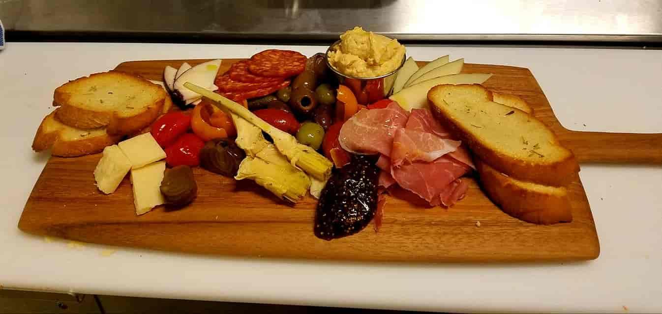 Chef's Grazing Board+