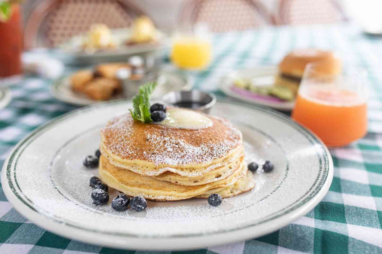 Limoncello Pancakes