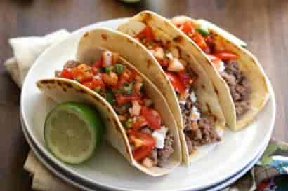 Tacos à la carte (chicken or fish)