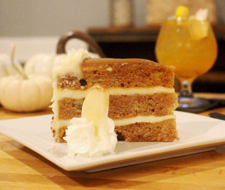 Apple Caramel Harvest Cake