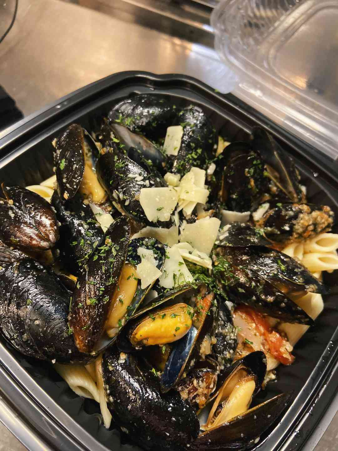 Mussels over Penne or Spaghetti